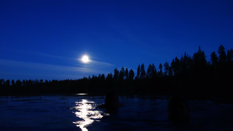 natt kloten månsken